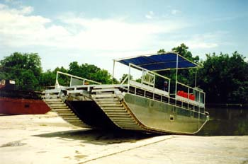 Airboat Transportation - Pathmaker Airboats Photo Gallery - Custom Built Airboats,Barges, Marsh ...
